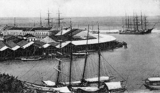navio-a-vapor-brasileira-atracado-no-porto-de-pernambuco